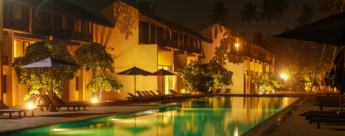Night View of Oak Ray Haridra Resort Wadduwa