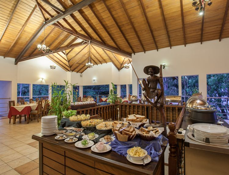 Buffet at Senani Hotel in Kandy