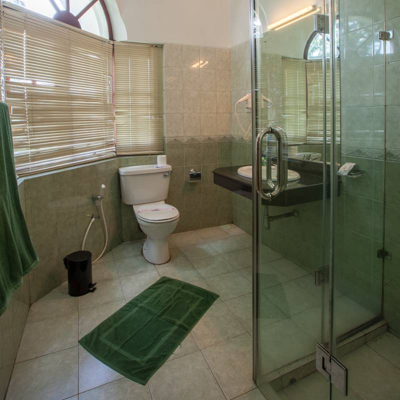 Bathroom Interior in Senani Hotel Kandy