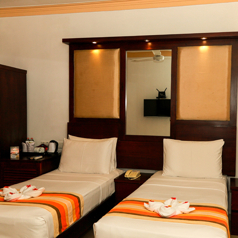 Deluxe Double Room with Two Single Beds