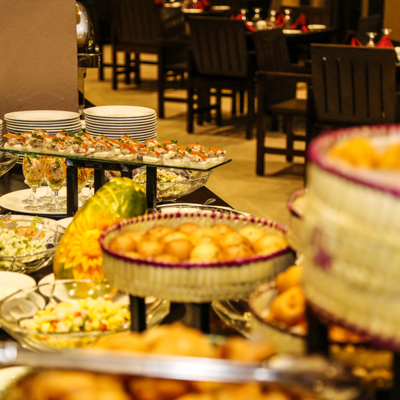 International Buffet at Oak Ray Wild Yala