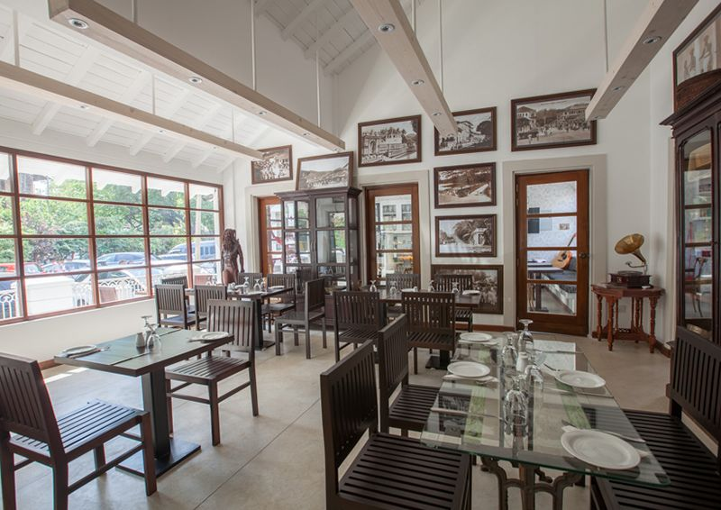 Restaurants in Sri Lanka | Dine & Wine at Oak Ray Restaurants